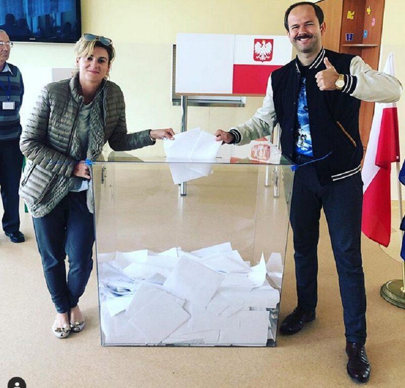 Celebryci na wyborach - Sławomir Zapała i Magdalena Kajrowicz-Zapała
